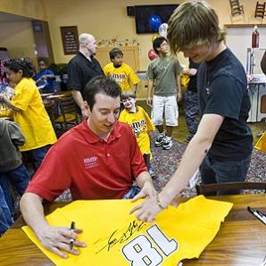 Kyle Busch Autograph
